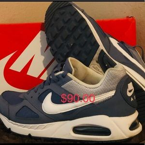 "Nike Air Max IVO ""Blues"""